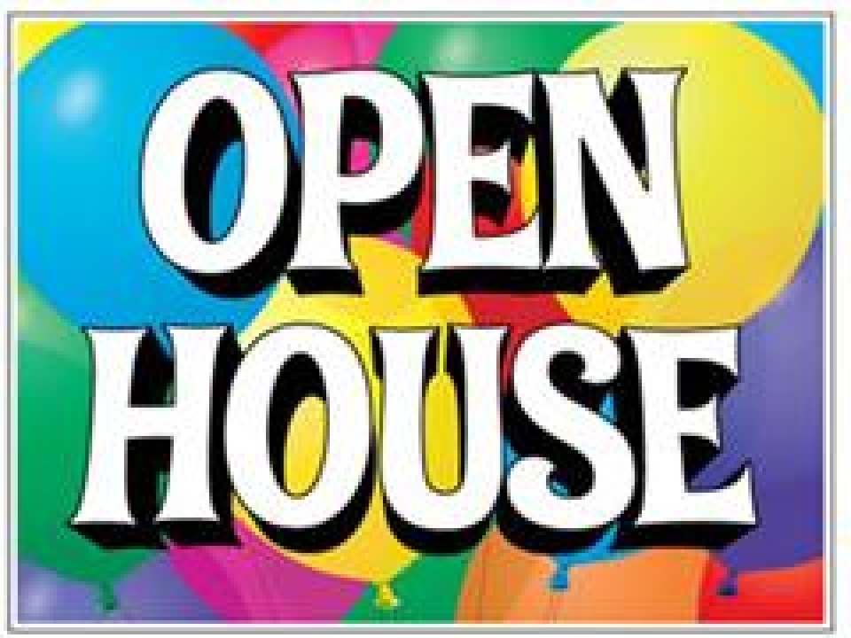 Lovely OPEN HOUSE TODAY! 12:00   2 P.M.